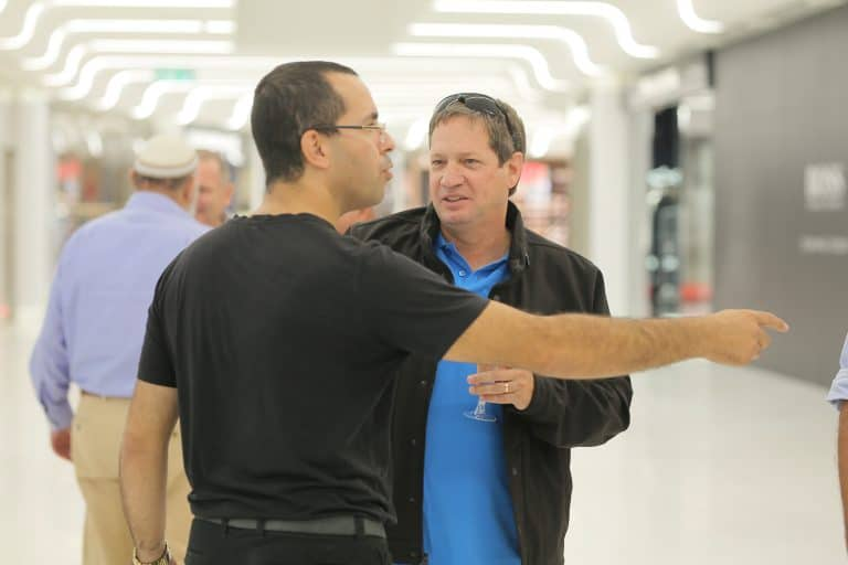 ניר ונגר עם רונן מרדכי גרין